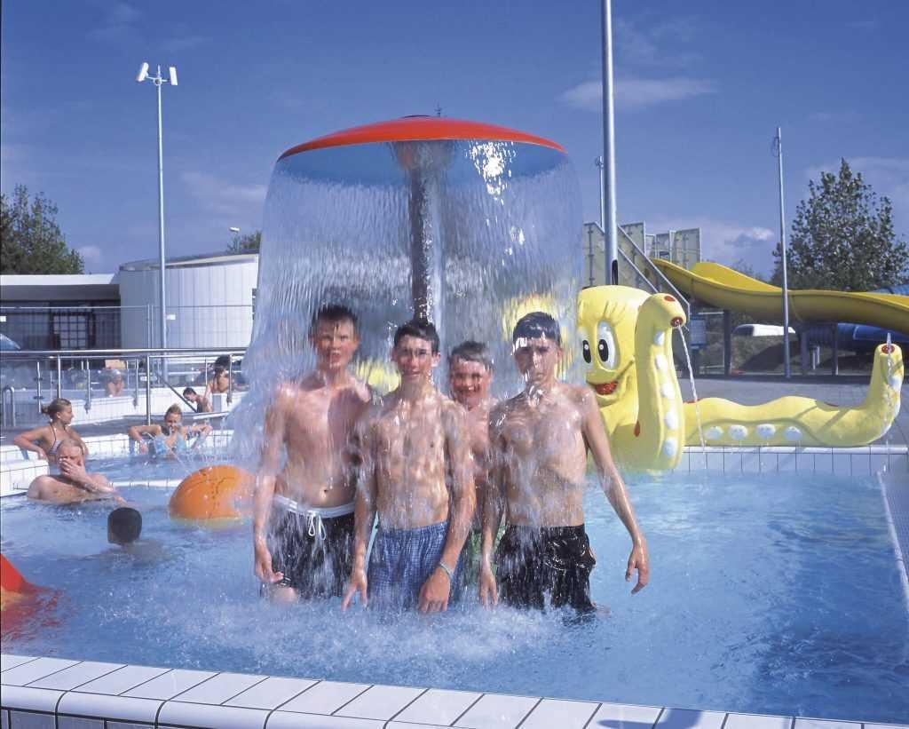 Kids pool Kopavogur