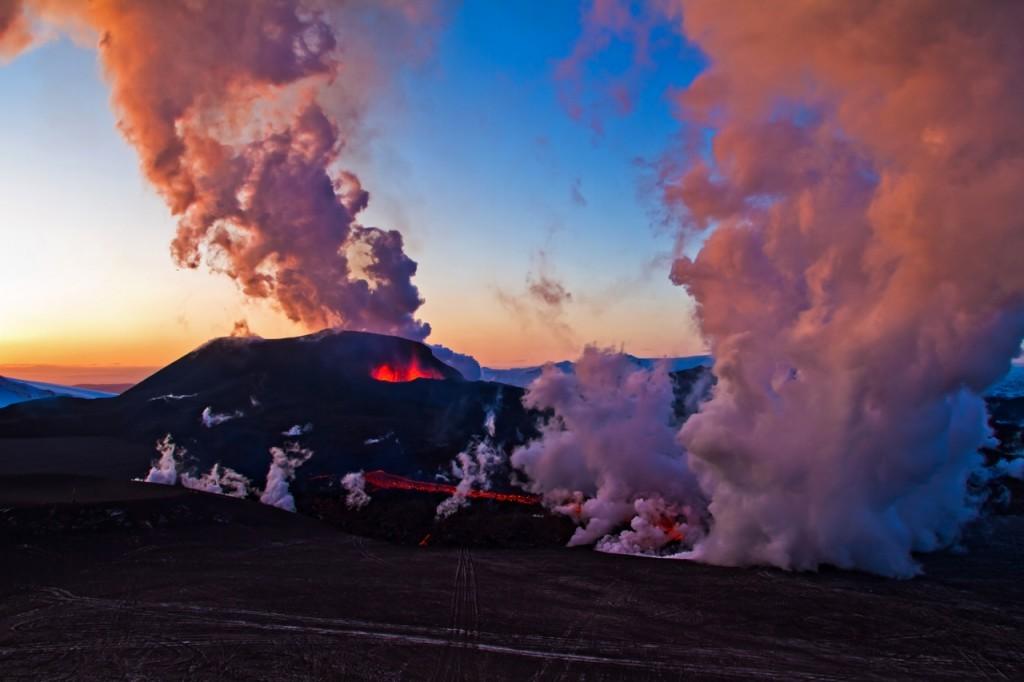 Fimmvörðuháls - Volcanic eruption 2010-04-01