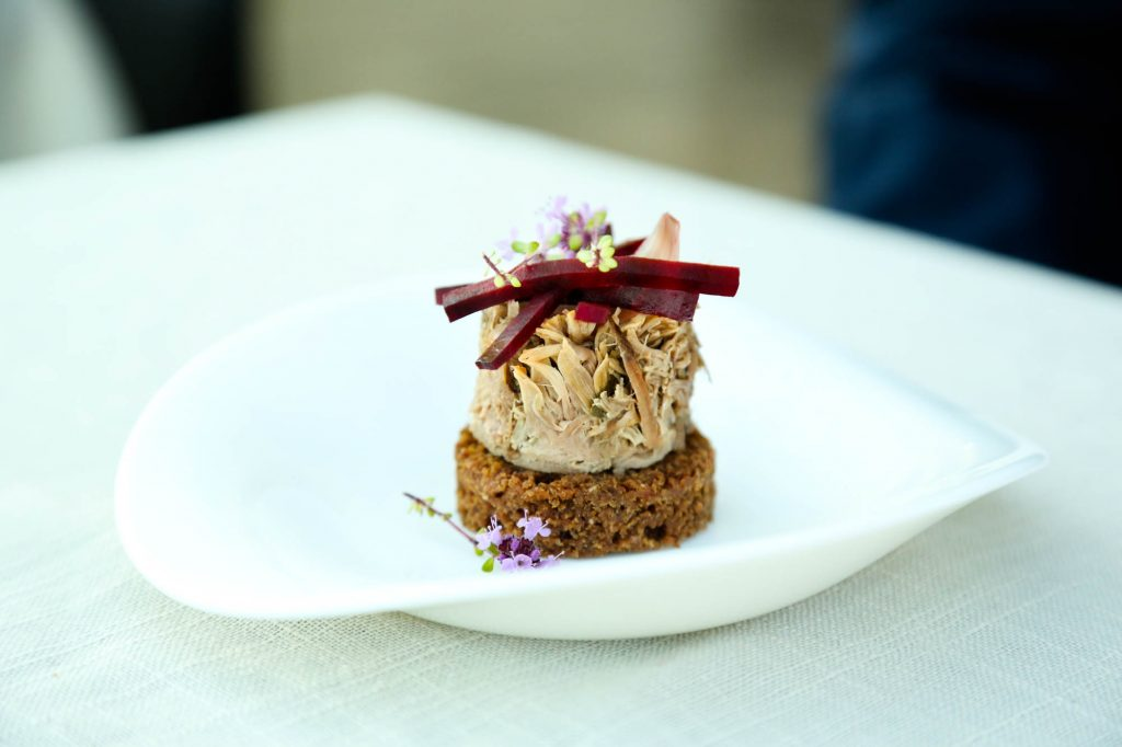 pulled lamb, flowers  F F icelandic times
