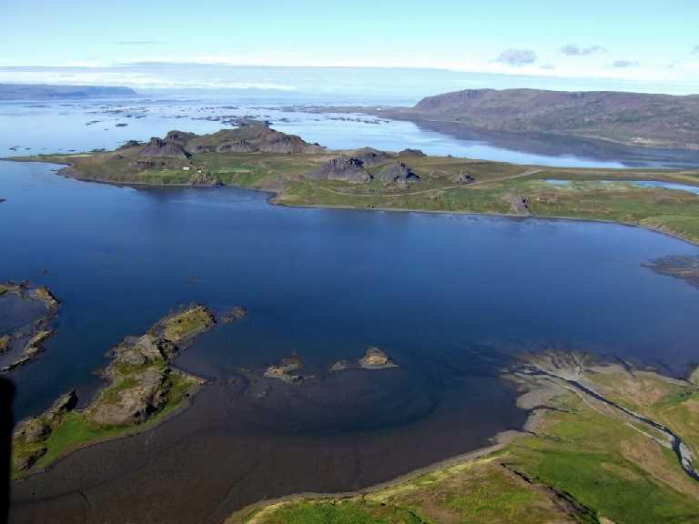 Sed yfir Kroksfjord Borgarland og Berufjord til Reykhola.