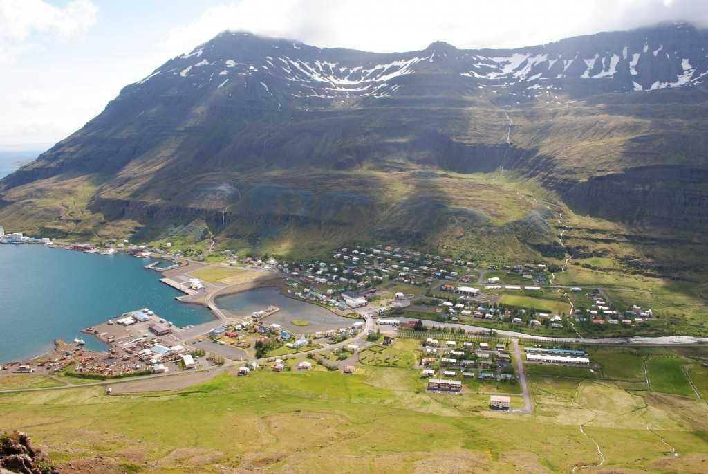ljosm. e. hlynur oddsson seydisfjordur icelandic times