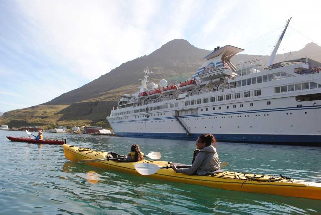 ljosm. e. hlynur oddsson seydisfjordur icelandic times (2)