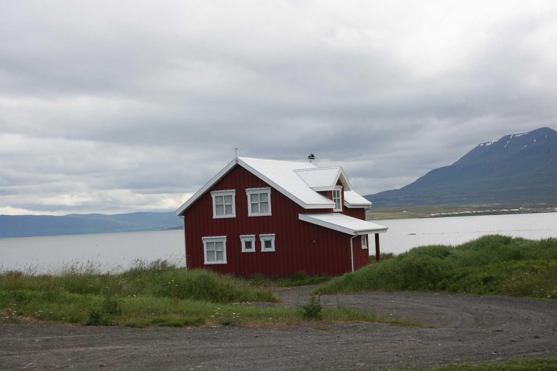icelandic times Hrisey 2012 110