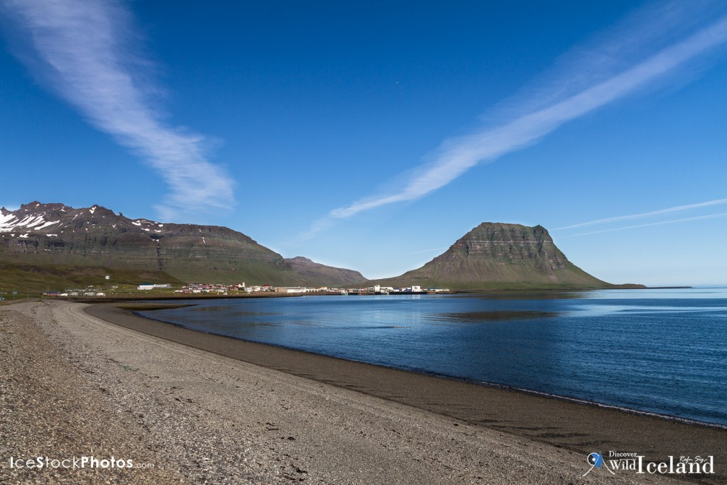 Grundarfjörður is a small town, situated in the north of the Snæfellsnes peninsula in the west of Iceland.