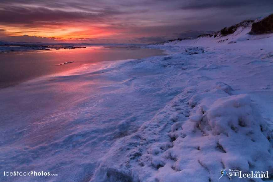 Winter morning at Hlíðarvatn, Reykjanes, Iceland