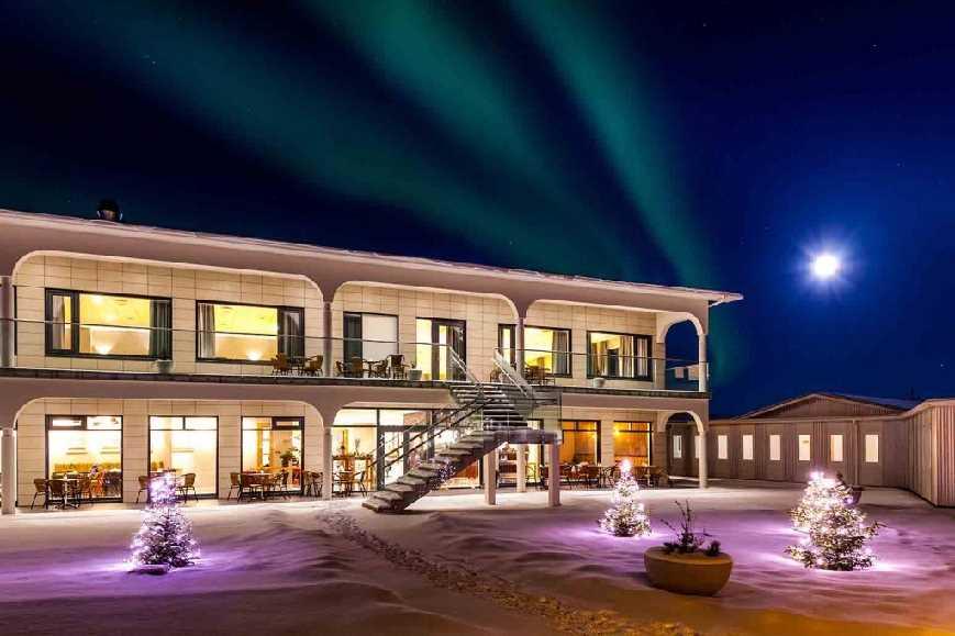 icelandic times Stracta-Hotel-141207_MG_5718 (2)