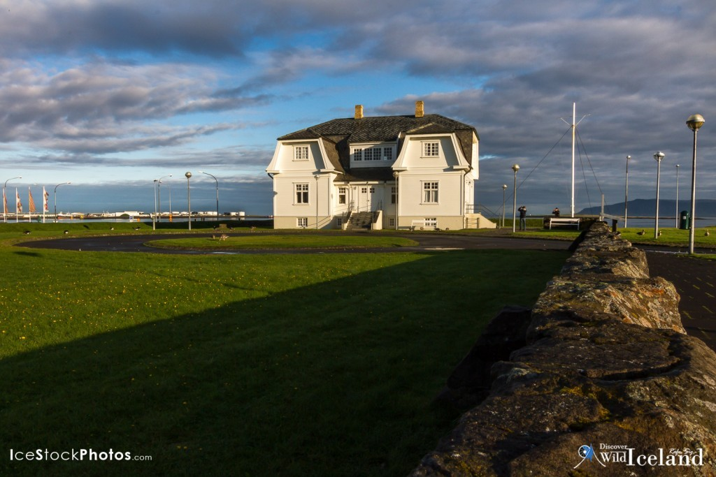 Höfði is a house in northern Reykjavík, the capital city of Iceland, built in 1909. Höfði is located at Félagstún. Initially, it was built for the French consul Jean-Paul Brillouin in Iceland and was the exclusive residence of poet and businessman Einar Benediktsson (1864-1940) for many years. It is best known as the location for the 1986 Reykjavík Summit meeting of presidents Ronald Reagan of the United States and Mikhail Gorbachev of the Union of Soviet Socialist Republics. That effectively was a step to the end of the Cold War. Within the building the flags of the United States and the Soviet Union are cross-hung to commemorate the meeting
