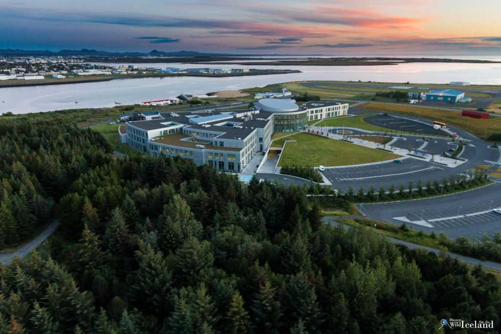 Reykjavík University (Icelandic: Háskólinn í Reykjavík), also known as RU, is the largest private university in Iceland with more than 3,200 students