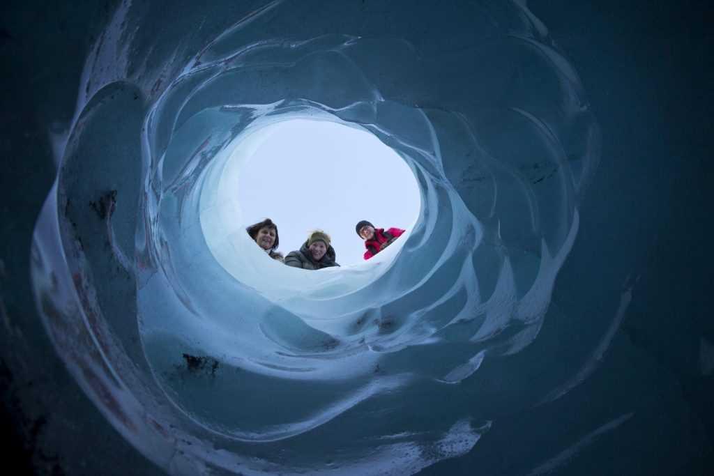 Ellert Gretarsson sol nov 12 (13)icelandic times