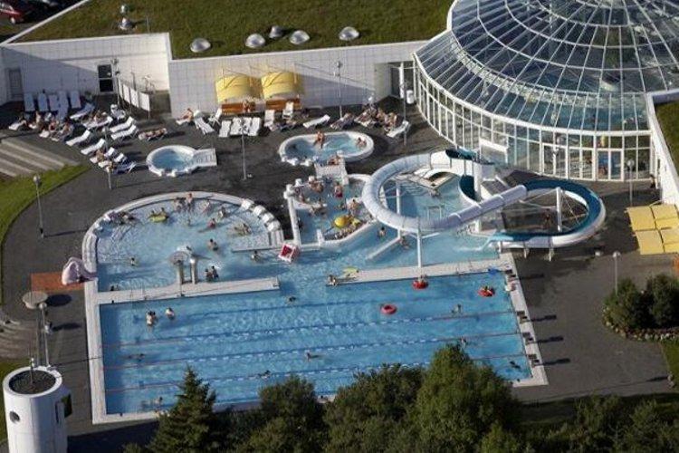Rb Jarlaug Swimming Pool Icelandic Times