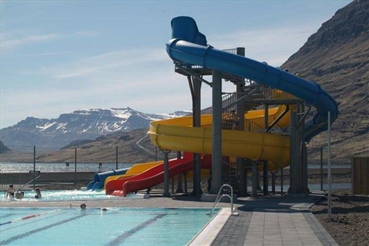 Eskifj R Ur Swimming Pool Icelandic Times
