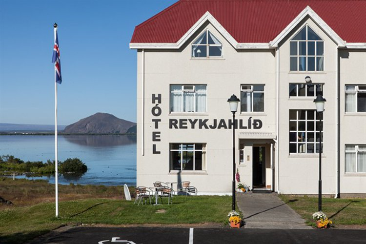Hotel Reynihlid Is The Leading In Lake Myvatn Region Has 41 Comfortable Rooms And Located Heart Of Area