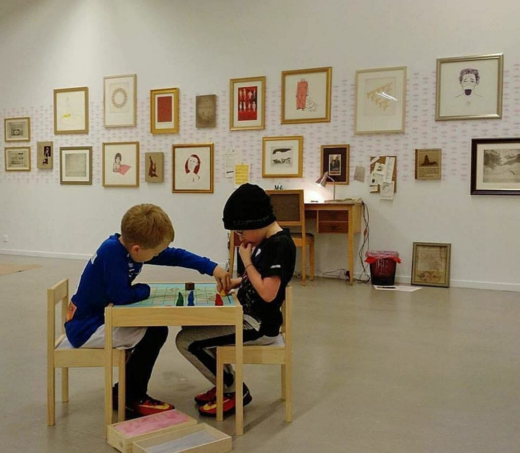 Children and Lá art museum