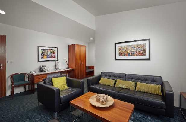 Hotel Klaustur Erró Suite