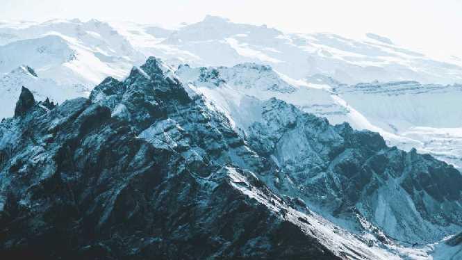 Glacier flightseeing Iceland