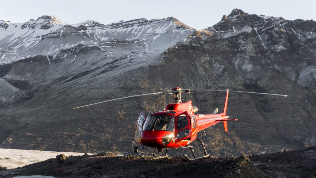 Helicopter flights Iceland