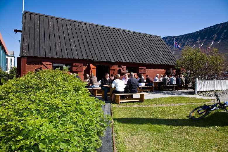 Tjöruhúsið Seafood Restaurant